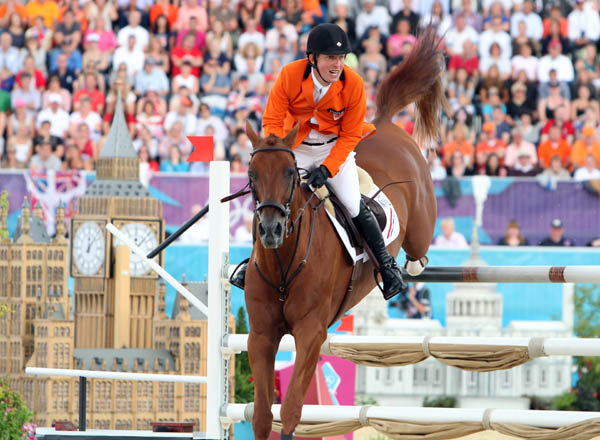 Dutch rider Gerco Schroder heads toward an Olympic silver medal aboad London. © 2012 Ken Braddick/dressage-news.com.