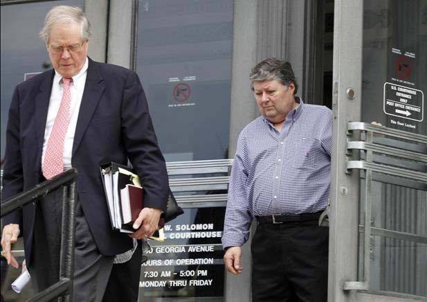 Jackie McConnell (R) leaving federal Court re horse soring case. Image by DougStrickland.