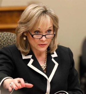 Oklahoma Governor Mary Fallin. Image Source: L A Times.
