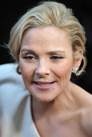 What does Kim Cattrall have against women and horses?  Cattrall recently teamed up with Pfizer to promote Duavee, from the Premarin family of drugs, made from the estrogen rich urine of pregnant mares. (Google image).