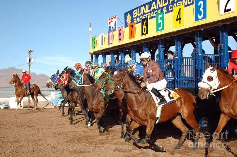 Horse racing, Sunland Park, New Mexico. Photo Credit: Duane Fish.