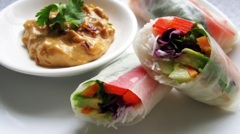 Fresh Spring Rolls with Peanut Sauce by Vegangela. Source Photo.