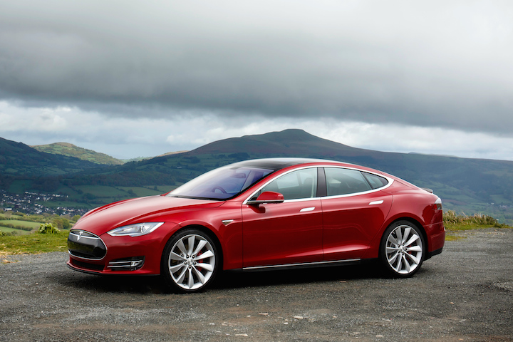 Tesla Model S. Photo: Yahoo.com.