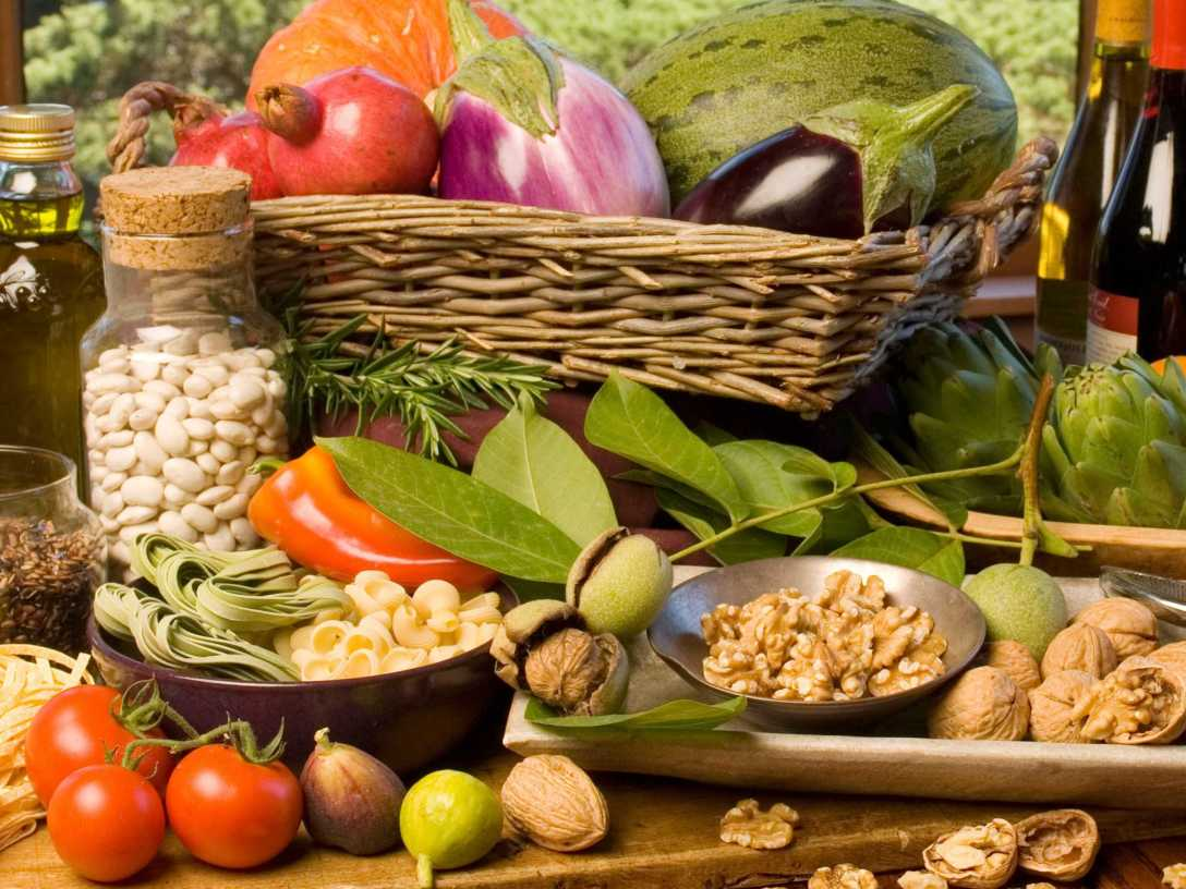 featured_why-plant-based-diets-are-all-the-rage