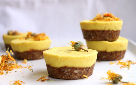 Raw Mango Cupcakes. Via Green Planet. Click image to go there now.