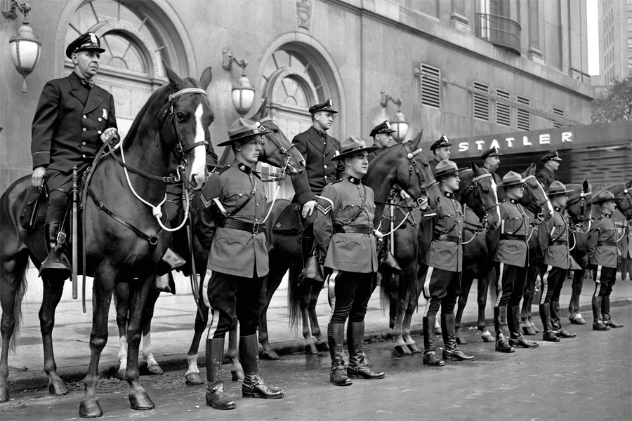 Detroit_Mounted_Police_1951