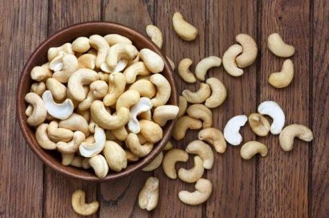 Bowl of cashews.