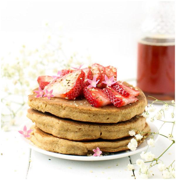 Fluffy Vegan Pancakes. By Feasting on Fruit.